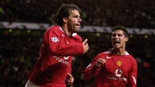 4 - Ruud Van Nistelrooy