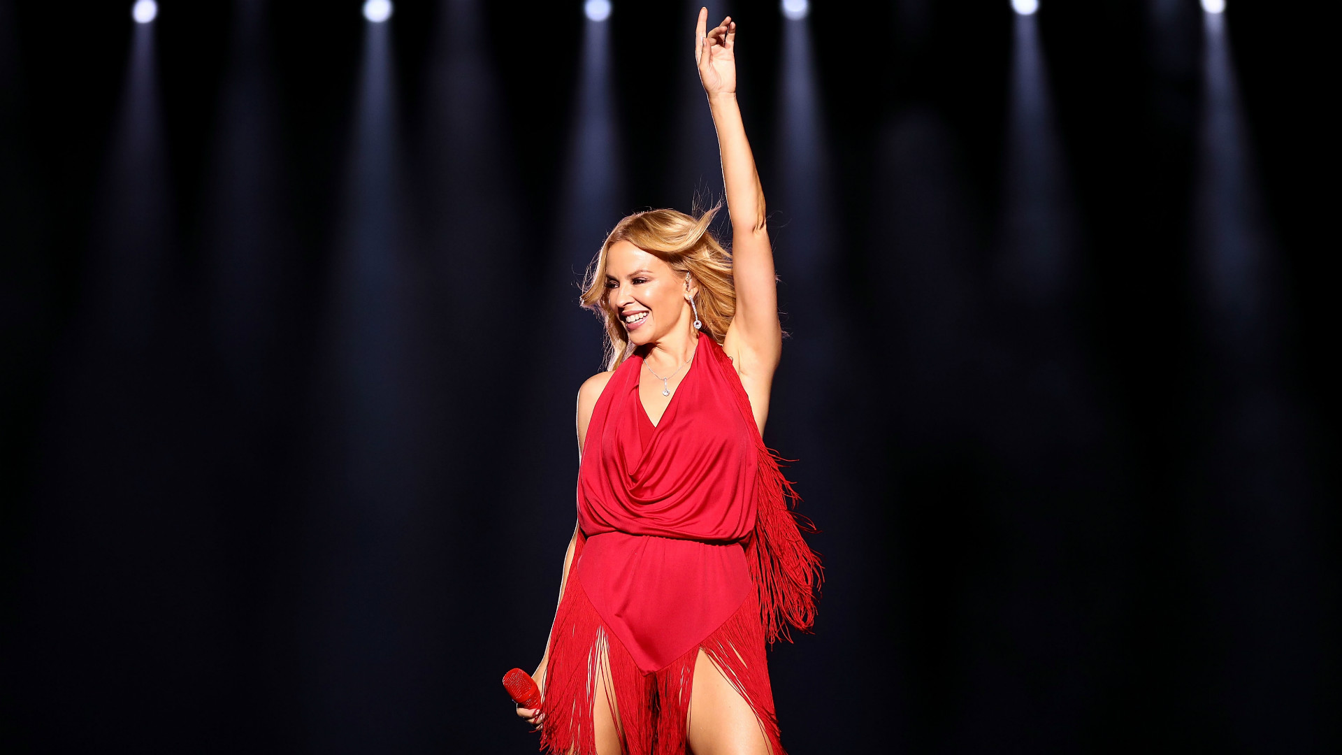 Kylie Minogue, 2016