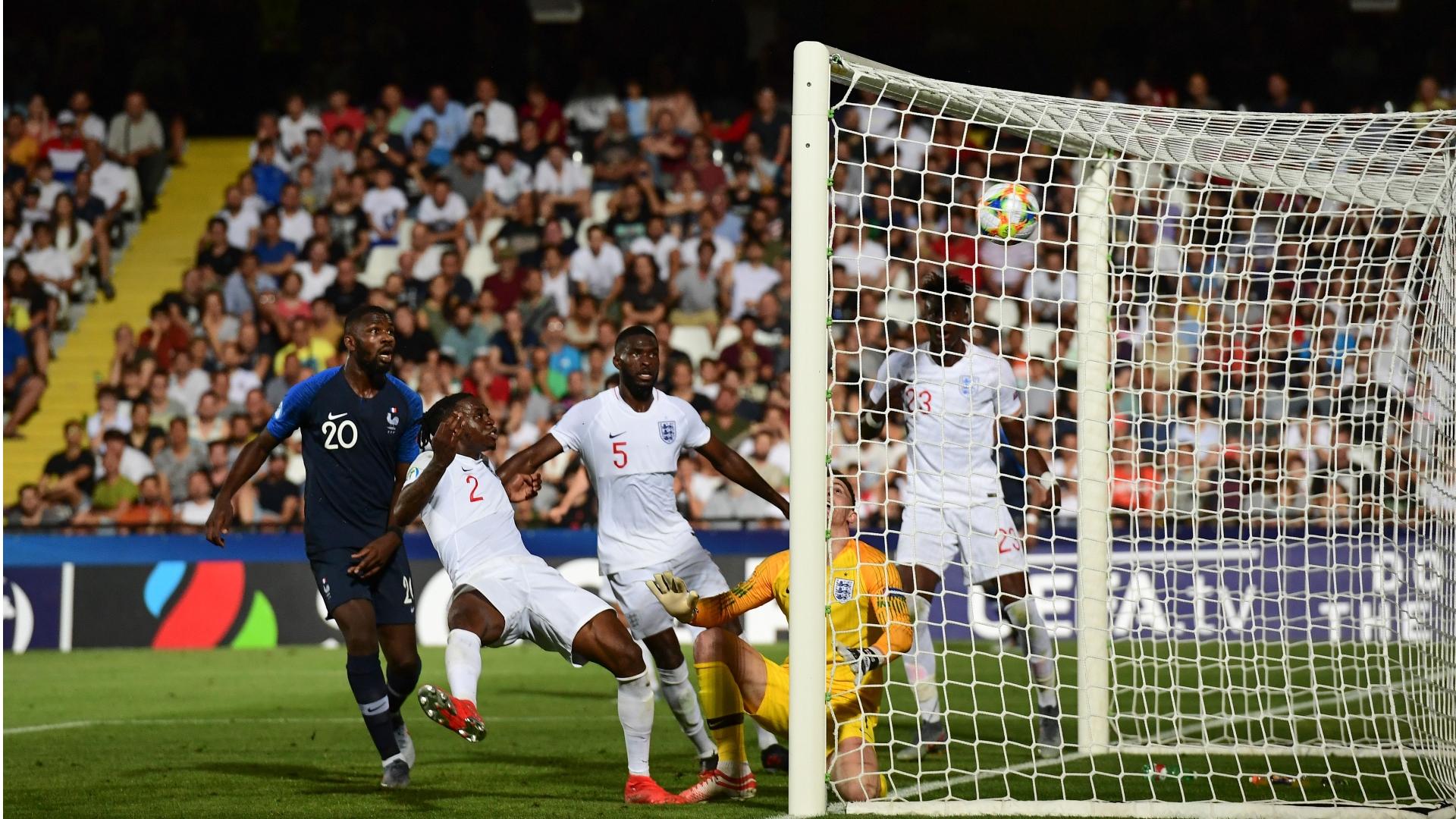 Wan-Bissaka, England U21