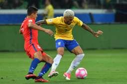 Daniel Alves VS Alexis Sanchez