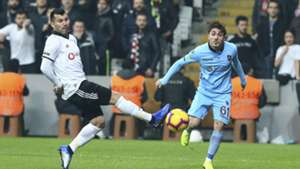 Gary Medel Abdulkadir Omur Besiktas Trabzonspor 12162018