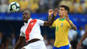 220619 Perú Brasil Advíncula Coutinho