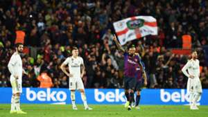 281018 Barcelona Real Madrid Arturo Vidal Toni Kroos Nacho Sergio Ramos