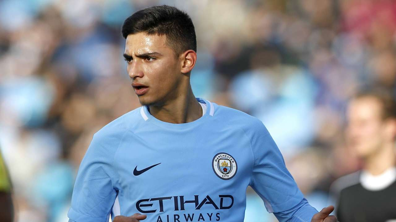ONLY GERMANY Nabil Touaizi Manchester City 17102017
