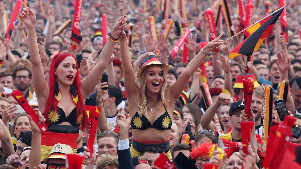 German fans 06.16.2016