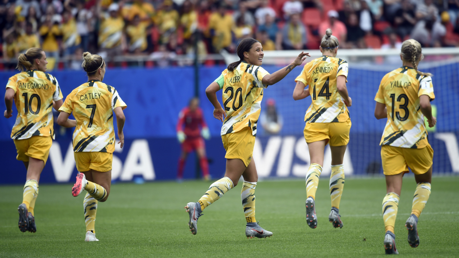 Late drama as Italy stun Australia at Women's World Cup