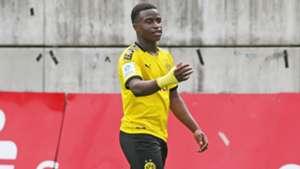 BVB - Sieg beim Moukoko-Debüt in der Youth League gegen den FC Barcelona