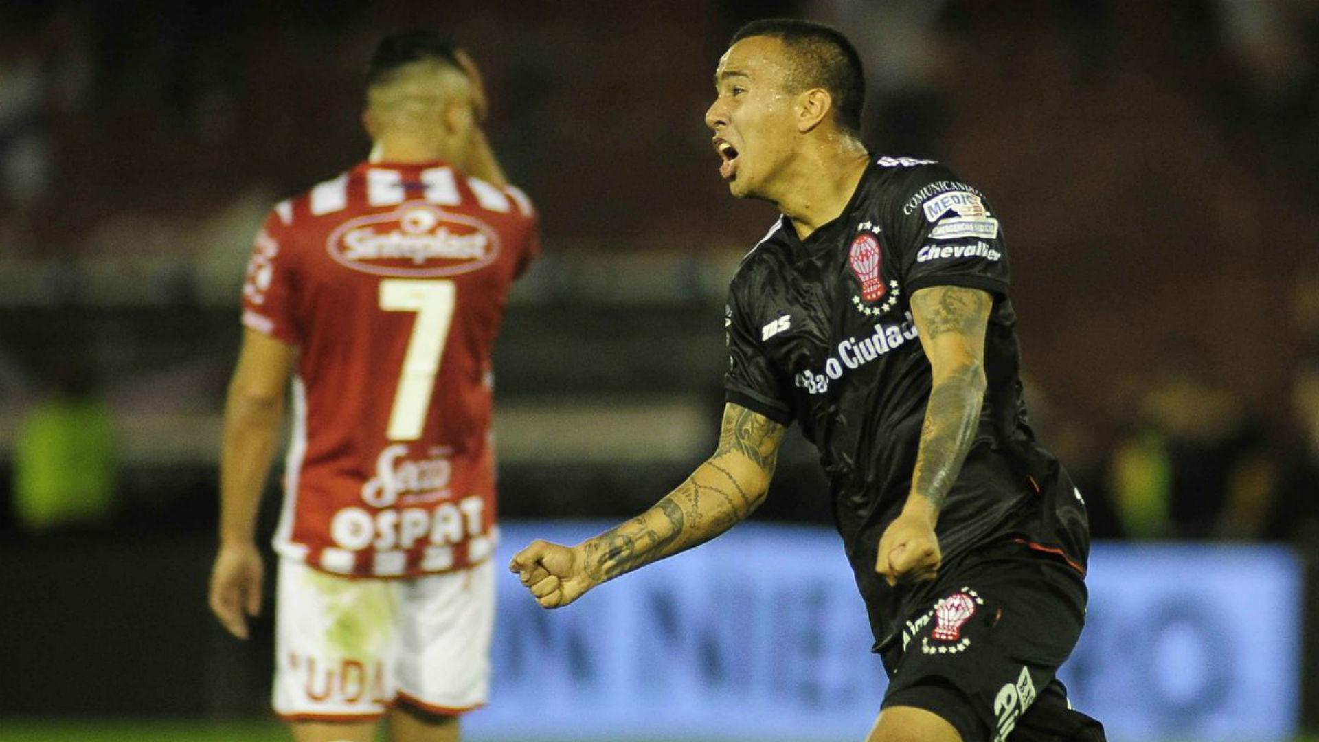 Huracan Union Primera Division Romero Gamarra 16062017