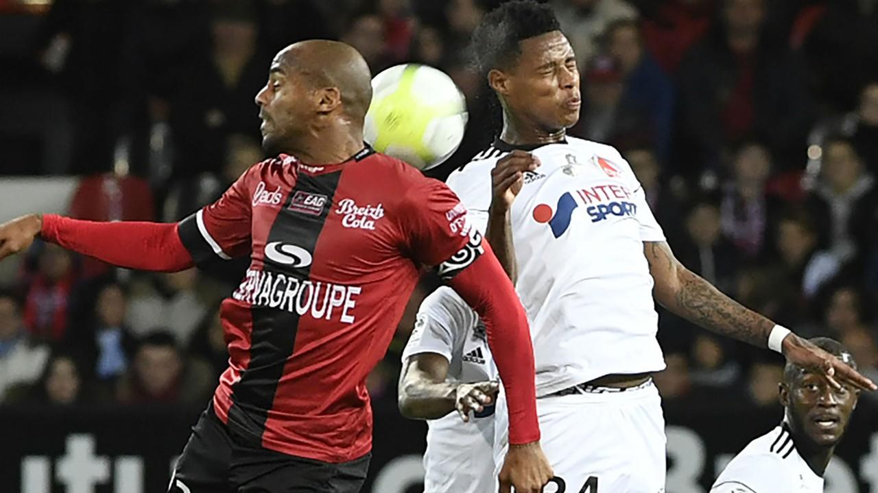 Jimmy Briand Bonganu Zungu Guingamp Amiens Ligue 1 28102017