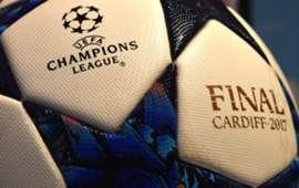 Cardiff finale ball - UEFA CHAMPIONS LEAGUE