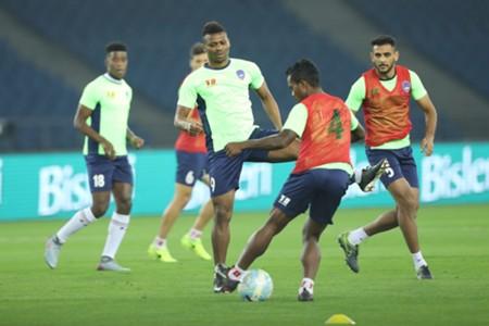 Delhi Dynamos practice session