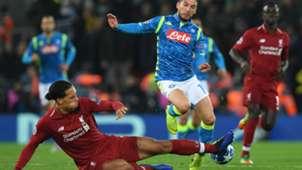 Van Dijk Mertens Liverpool Napoli