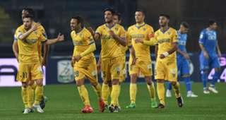 Frosinone players celebrating Empoli Frosinone Serie B