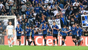 Atalanta celebrates Everton Europa League
