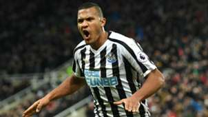 Salomon Rondon Newcastle United 2018-19