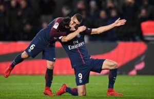 Edinson Cavani PSG Troyes Ligue 1 29112017.jpg