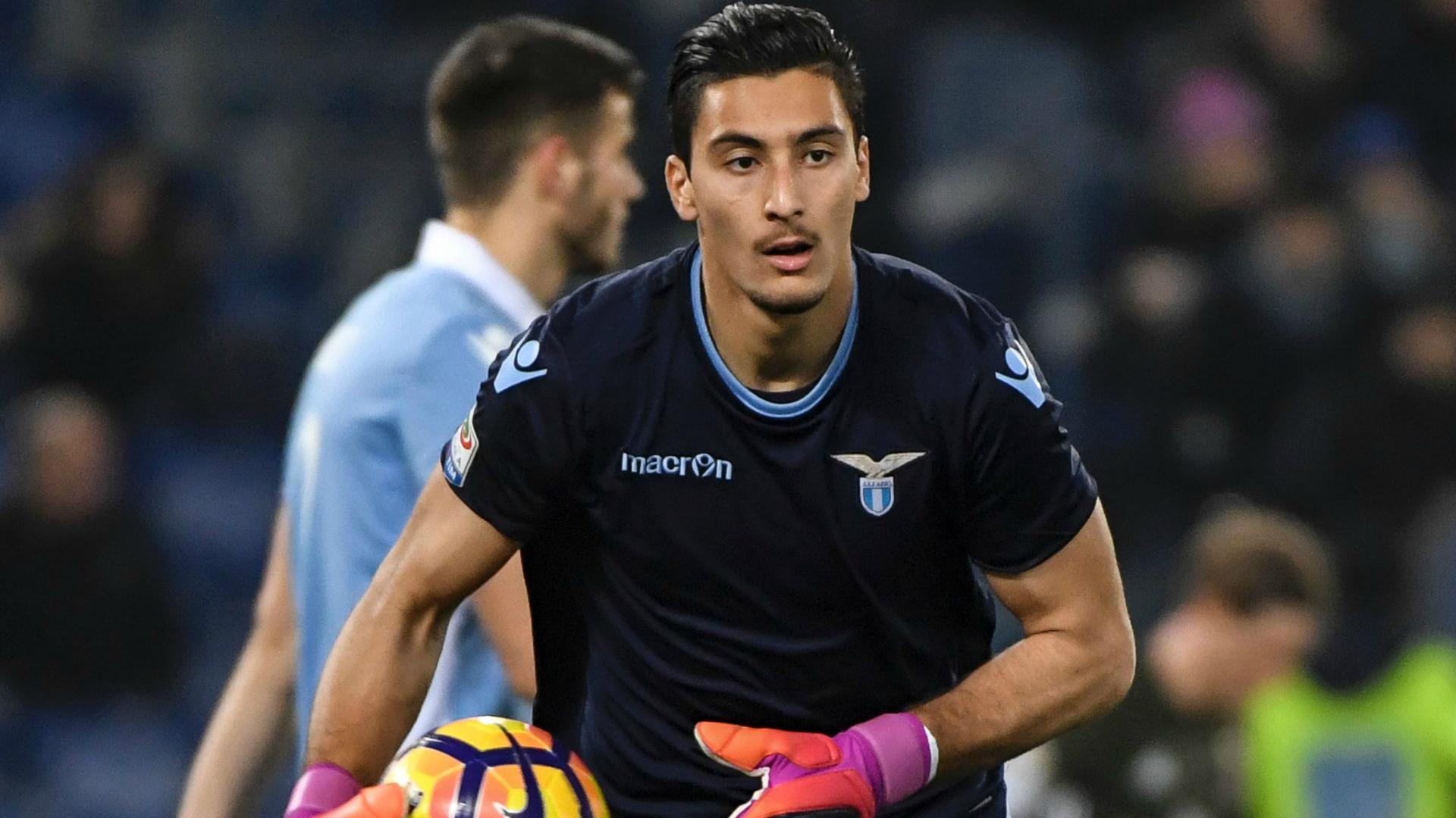 Lazio, infortunio muscolare per il portiere Strakosha