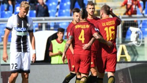 Roma celebrates Dzeko goal against Udinese 23092017