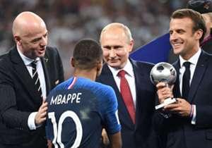 Bukan hanya pemain dari kedua tim yang mencuri perhatian selama final Piala Dunia, namun sejumlah tokoh berikut juga tak ketinggalan...
