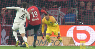 Nicolas Pepe Lille PSG 2019