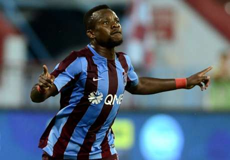 Trabzonspor fans give injured Onazi hero's welcome