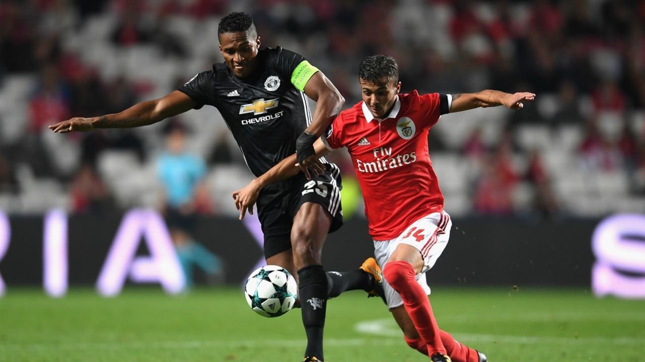 Antonio Valencia Diogo Goncalves Manchester United Benfica