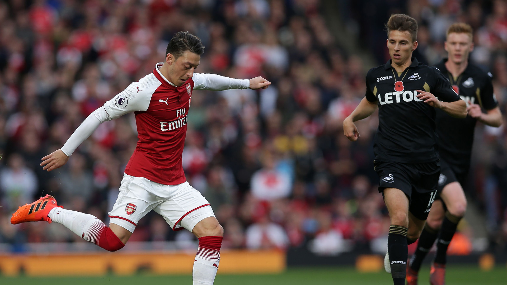 Mesut Ozil Arsenal Swansea City Premier League
