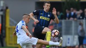 Ivan Perisic Andrea Conti Inter Atalanta Serie A