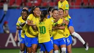 Brazil celebrate Marta goal vs Italy