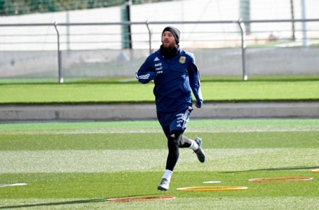 Messi Training with Argentina