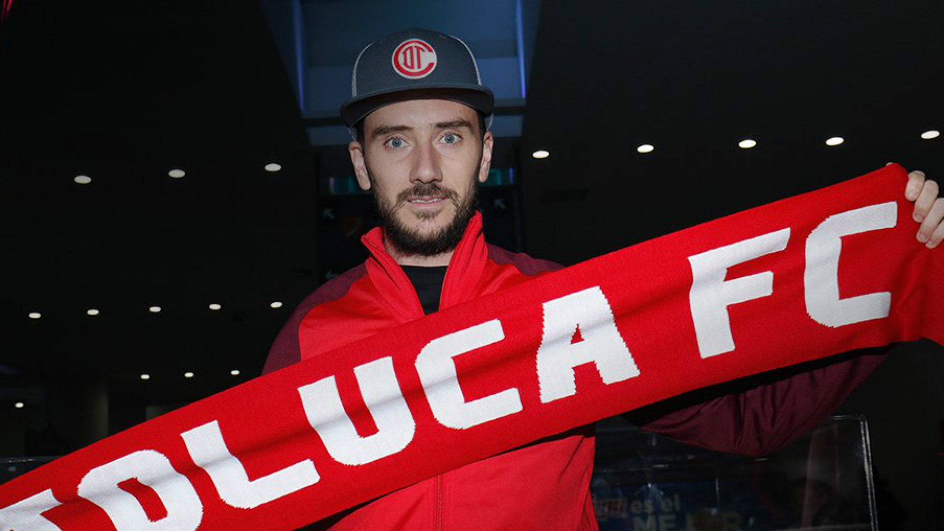 El palo de Mancuello contra Marcone por su llegada a Boca