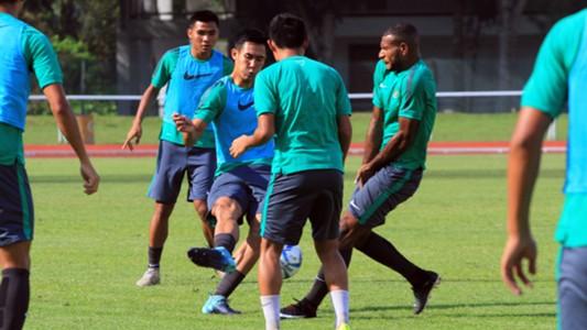 Ryuji Utomo - Latihan Indonesia