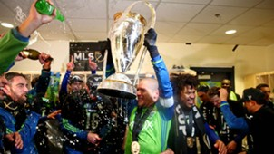 Osvaldo Alonso Seattle Sounders MLS Cup 121016