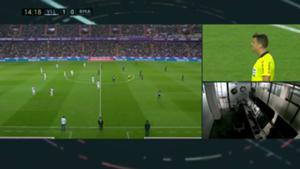 Valladolid - Real Madrid VAR caption in La Liga game