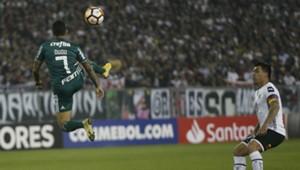 200918 Colo Colo Palmeiras Dudu Esteban Paredes