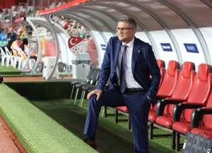 Senol Gunes Turkey Coach
