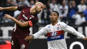 Kenny Tete Renaud Cohade Lyon Metz Ligue 1 29102017