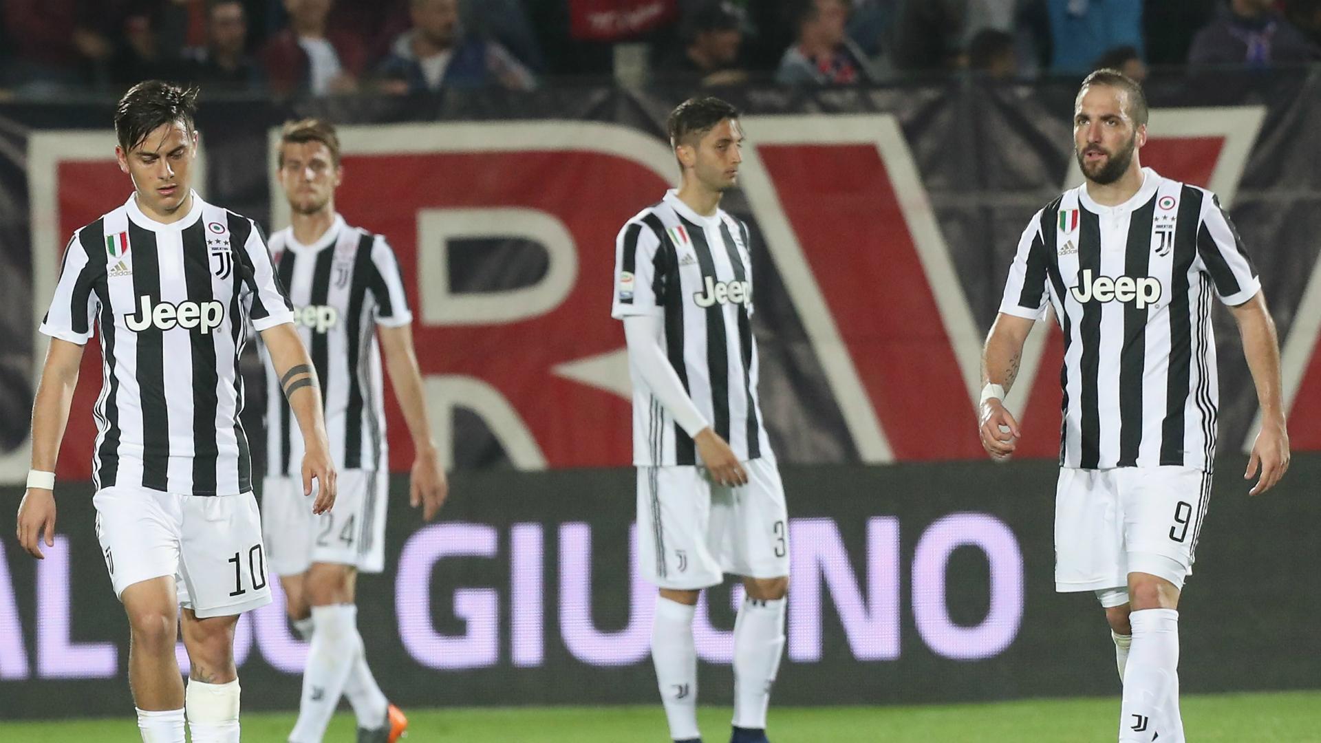 Juve, ultrà a Vinovo: confronto con i giocatori