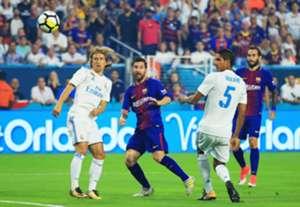 Luka Modric VS Barcelona