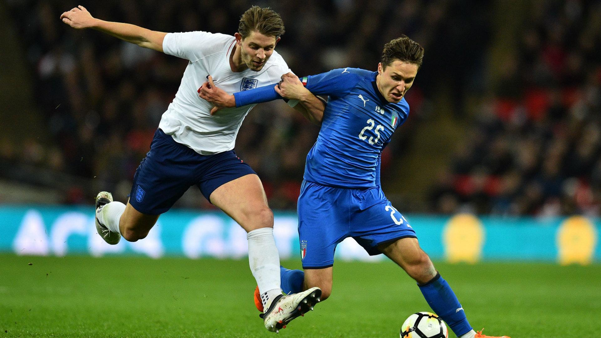 James Tarkowski, Federico Chiesa, England vs Italy, 2018