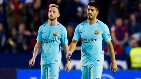 Luis Suarez Ivan Rakitic Barcelona 2017-18