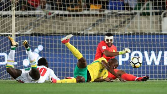 South Africa, Itumeleng Khune & Thamsanqa Mkhize against Senegal's Sadio Mane