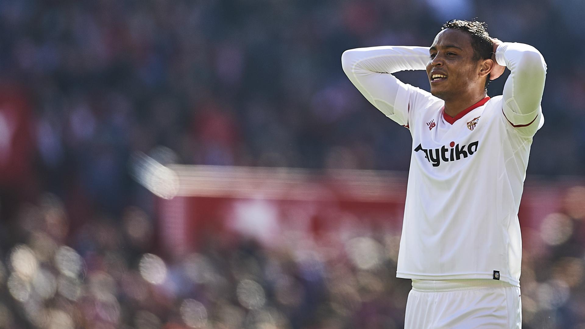 Muriel salió lesionado en la victoria del Sevilla