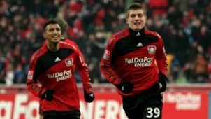 Arturo Vidal y Toni Kroos in Leverkusen