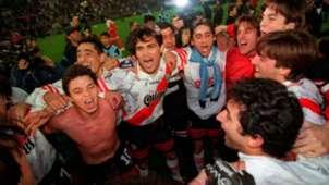 River Apertura 1997