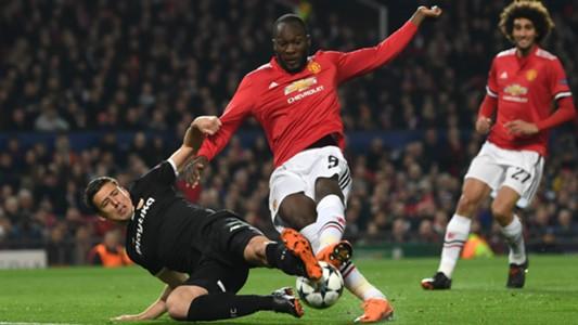 Lenglet Lukaku Manchester United Sevilla Champions League