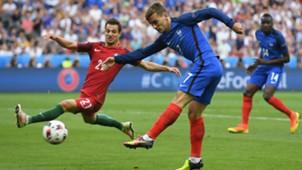 Antoine Griezmann Cedric Soares Portugal France UEFA Euro 10072016