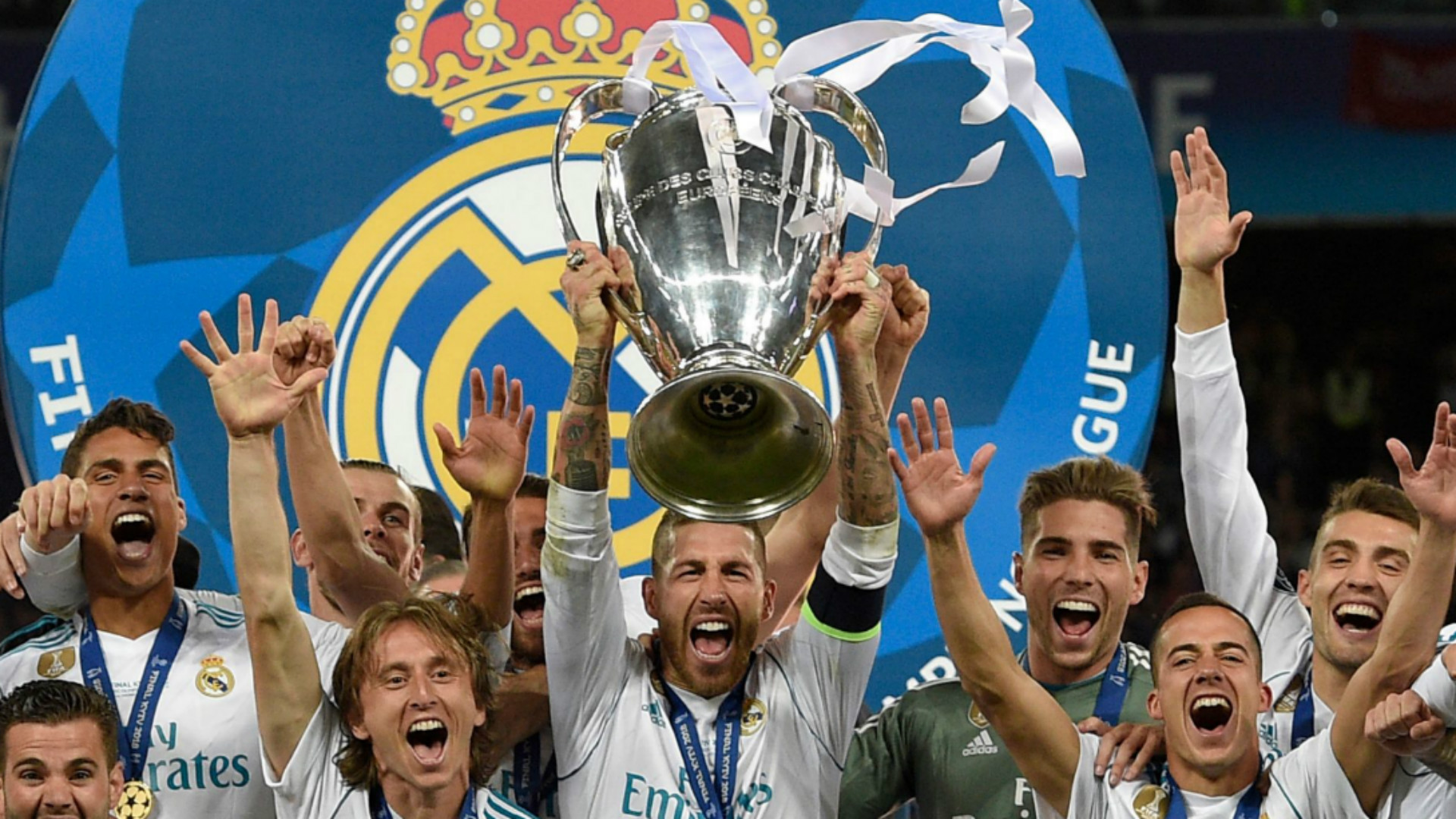 Real Madrid celebrate 2018-19