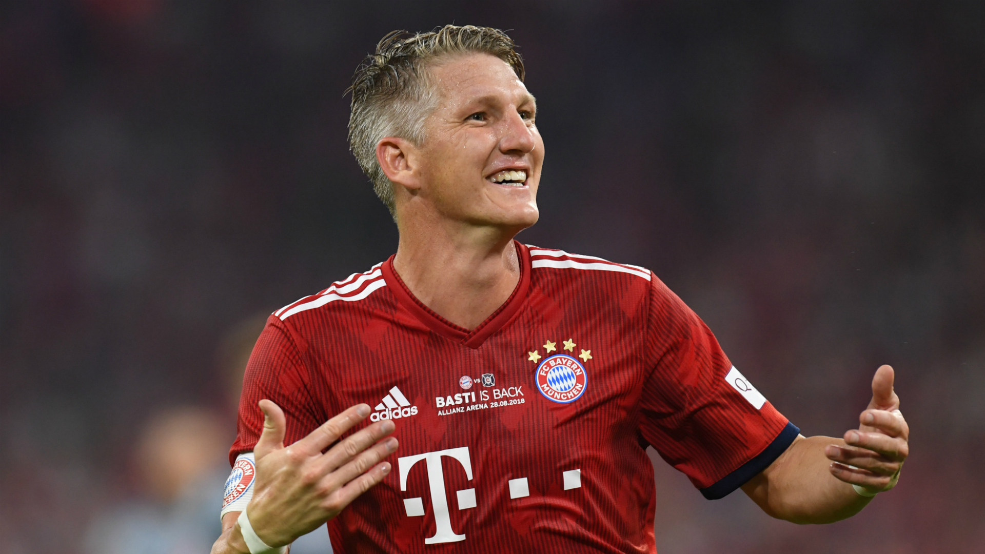 Bayern Munich legend gets star-studded testimonial in Germany