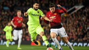 Victor Lindelof Luis Suarez Manchester United Barcelona